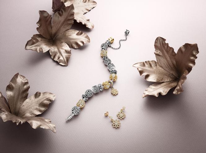 Фото №6 - Волшебное королевство: новая коллекция украшений Pandora