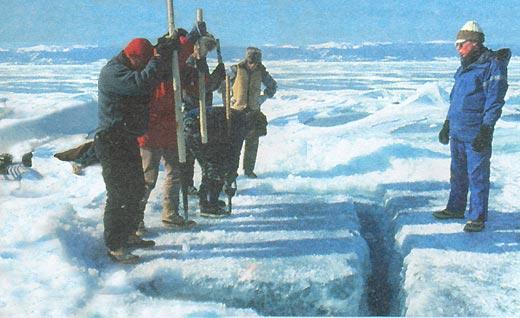 Фото №2 - В ледяной купели Байкала