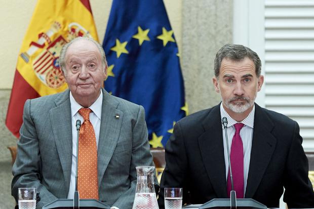Фото №2 - Почему Филипп и Летиция могут стать последней королевской парой Испании