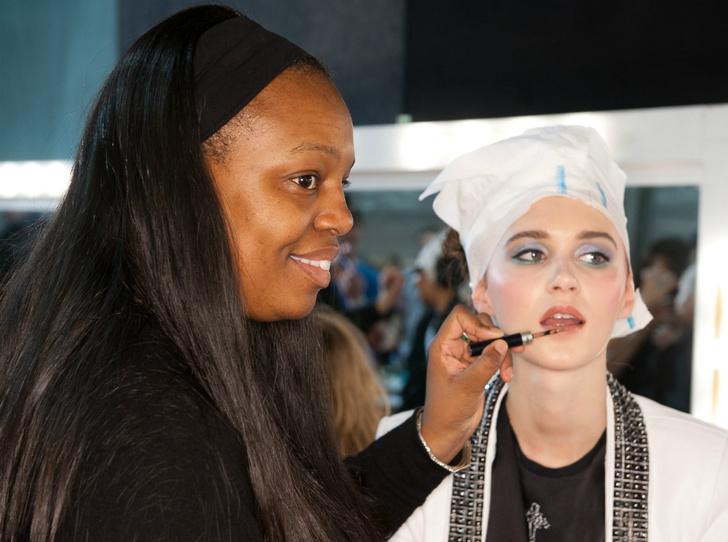 Фото №10 - Секреты идеального макияжа от Пэт Макграт — самого влиятельного визажиста в мире