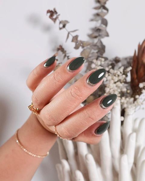 Фото №17 - Nail-мания: 100 идей модного маникюра