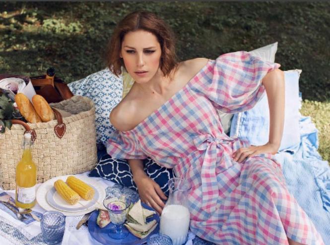 Фото №1 - Звезда Instagram Ирина Горбачёва снялась в онлайн ситкоме Play with time
