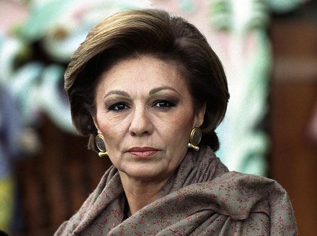 Фото №17 - Последняя императрица Ирана: «Они говорили, если я убью мужа, то смогу вернуться домой»