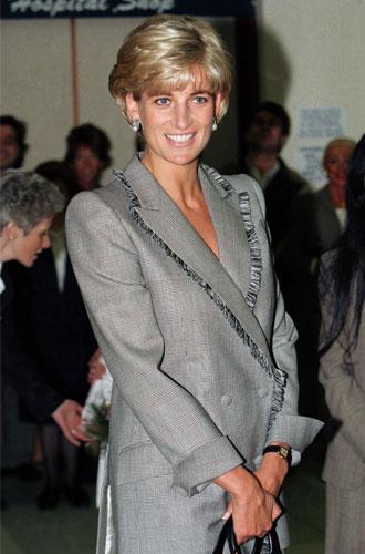 Фото №25 - Как принцесса Диана одевалась в 90-е годы