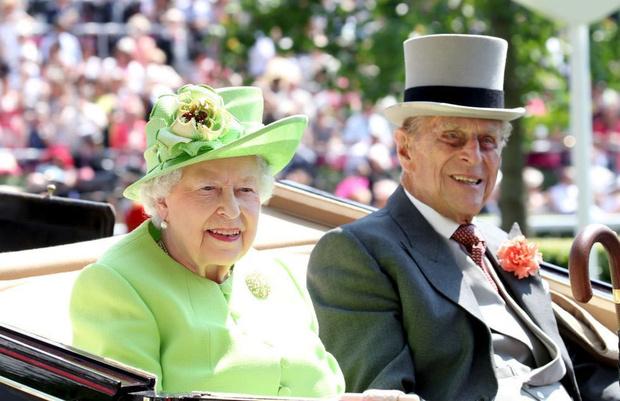 Фото №10 - Королевский бутерброд, и что еще стоит знать о Елизавете II
