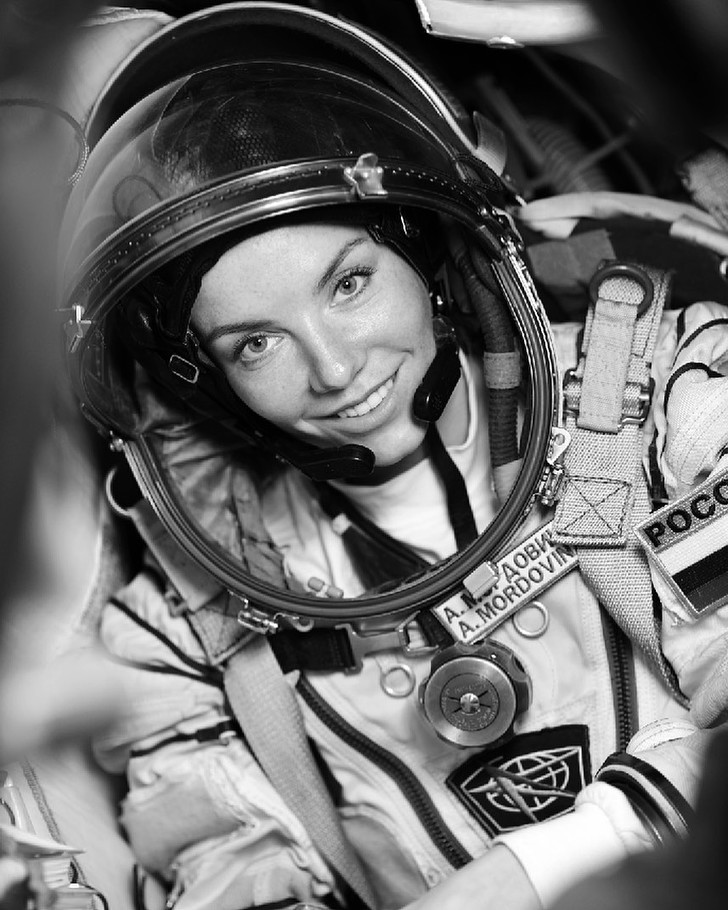 Фото №5 - Алена Мордовина— актриса «Кухни», которую выделил сам Рогозин. Что мы знаем о новом космонавте?