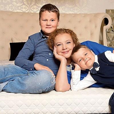 Татьяна с сыновьями Иваном и Сашей
