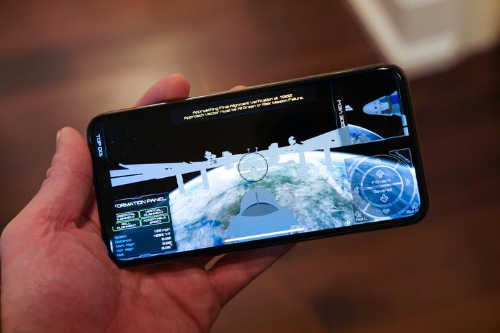 Фото №1 - Приложение дня: официальный симулятор NASA полета на космическую станцию