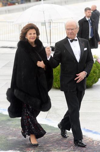 Фото №28 - Забавы королевского двора: самые интересные моменты юбилея Харальда и Сони