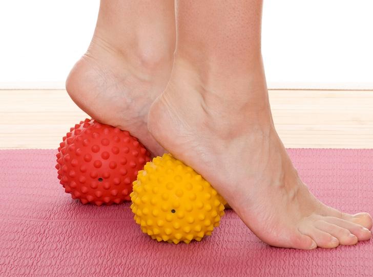 Фото №2 - SOS-фитнес: лучшие упражнения, чтобы прийти в форму перед праздниками
