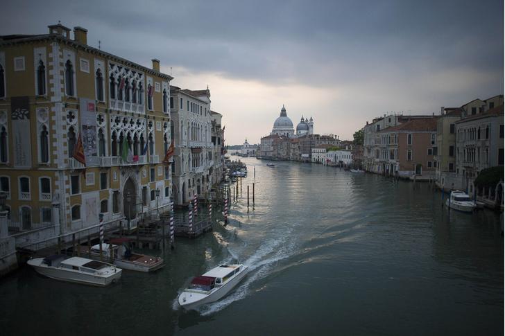 Фото №1 - Венеция готовит новые ограничения для туристов