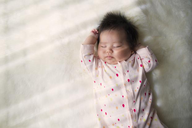 Фото №2 - «Мы наняли суррогатную мать, а она родила чужого ребенка»