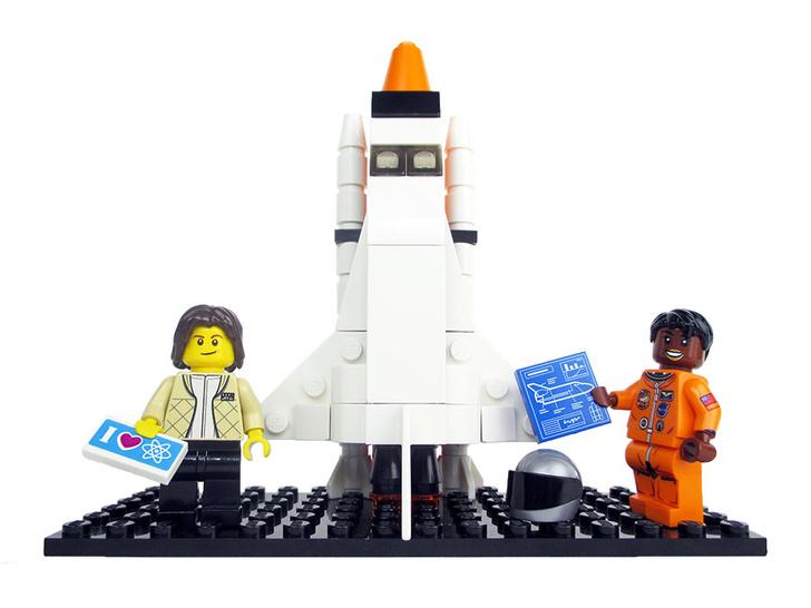 Фото №1 - Lego выпустит фигурки женщин из НАСА