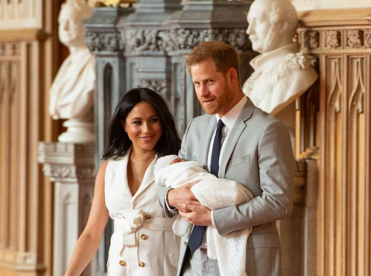 Фото №2 - Маленький принц: какие титулы Арчи Сассекский может получить в будущем