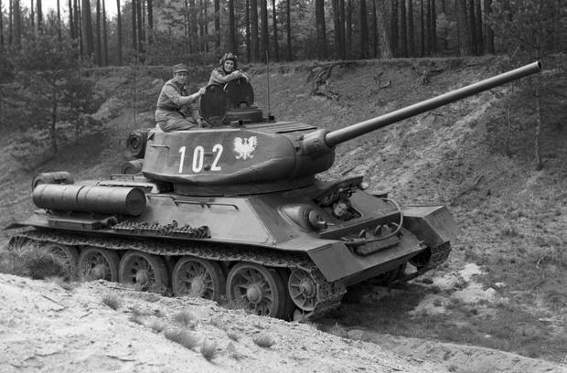 Фото №4 - Трофей из России— легендарный Т-34 на службе вдали от дома