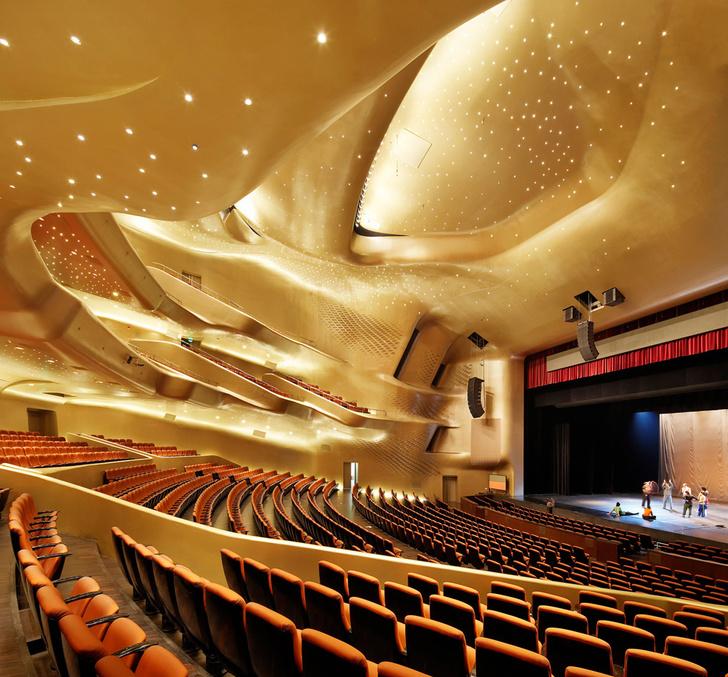 Фото №7 - Эпохальные сцены: 12 самых необычных театров мира