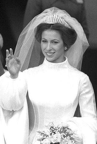 Фото №14 - Первая свадьба принцессы Анны: как выходила замуж дочь Елизаветы II