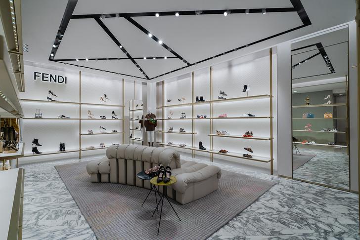 Фото №5 - Новый бутик Fendi в ЦУМе