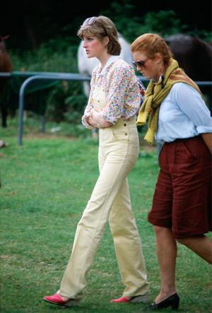 Фото №4 - Самые стильные повседневные образы королевских модниц
