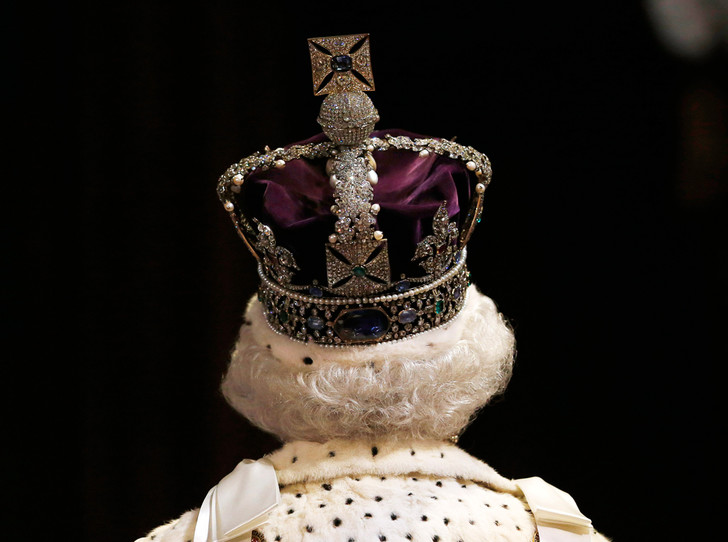 Фото №8 - Ничто не вечно: «умрет» ли британская монархия вместе с королевой?