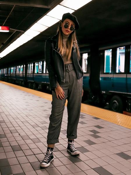 Фото №6 - С чем носить кеды осенью 2020: 10 модных идей