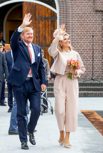 Фото №2 - Стильная Максима: 5 модных правил королевы Нидерландов