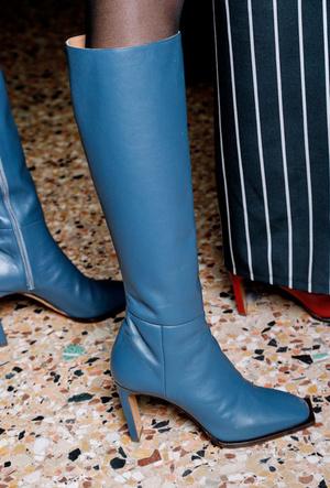 Фото №27 - Полный гид по самой модной обуви для осени и зимы 2019-20
