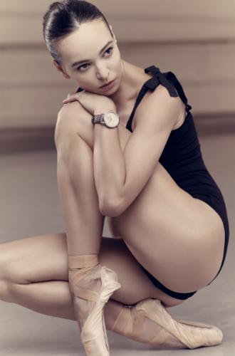 Фото №4 - Диана Вишнёва для Jaquet Droz