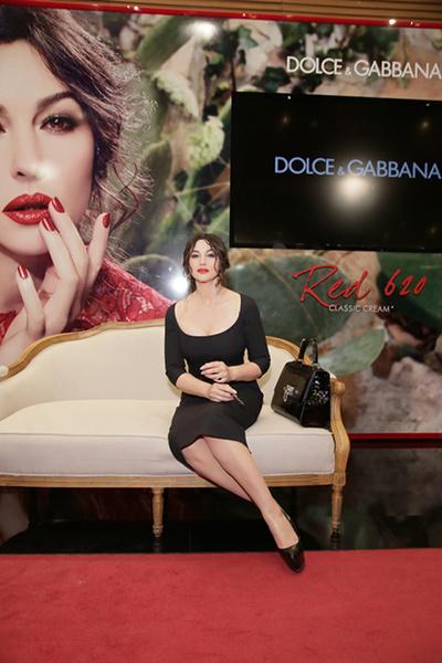 Фото №1 - Вещь дня: сумка Monica, Dolce & Gabbana