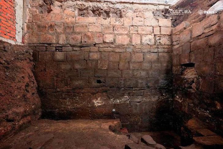 Фото №1 - В Мехико нашли дом Эрнана Кортеса