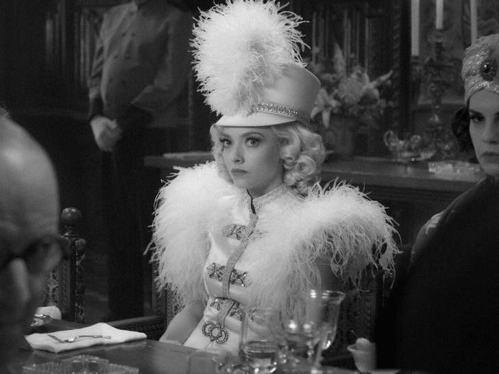Фото №8 - 10 фильмов с самыми красивыми костюмами за всю историю кино