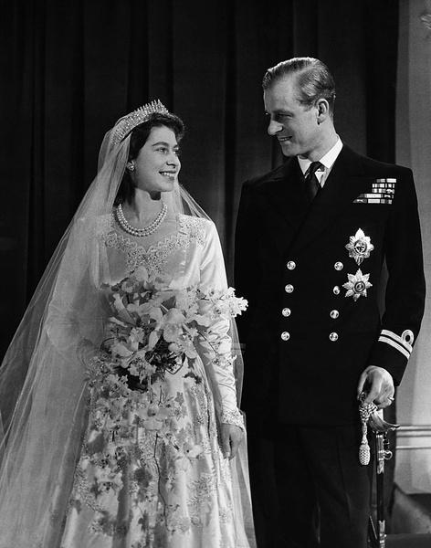 Елизавета II и Филипп свадьба фото