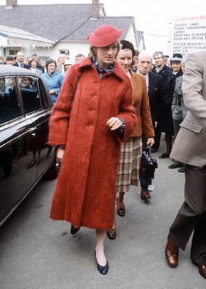 Фото №5 - Никто не идеален: самые неудачные наряды принцессы Дианы