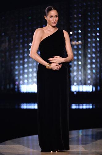Фото №21 - Новая (старая) Меган Маркл: как изменится стиль герцогини после ухода из БКС