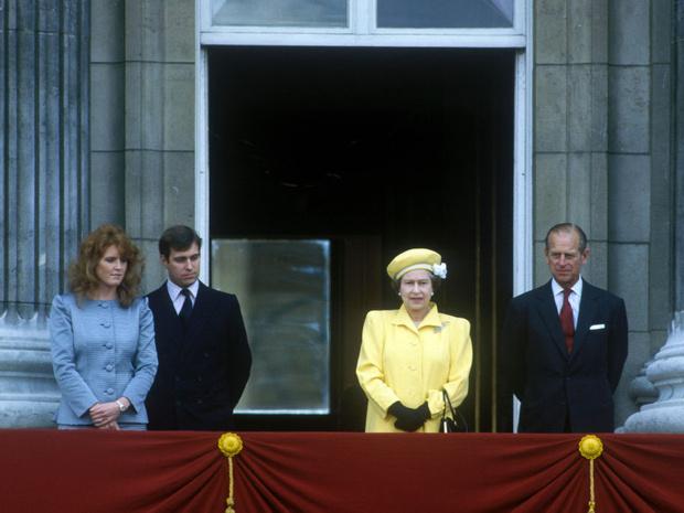 Фото №4 - О чем принц Филипп предупреждал Сару Фергюсон, когда она стала частью королевской семьи
