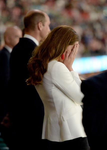 Фото №7 - Принц Джордж с Кейт и Уильямом на финале «Евро-2020»: умилительные фото