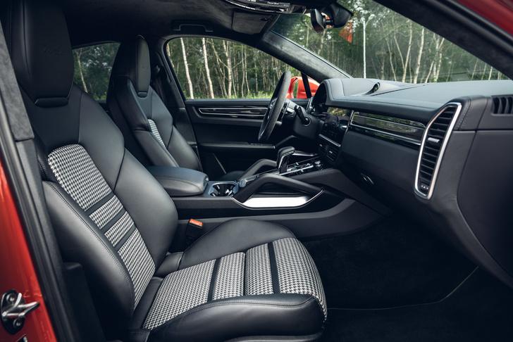 Фото №4 - Porsche Cayenne Coupe: строчка в техпаспорте