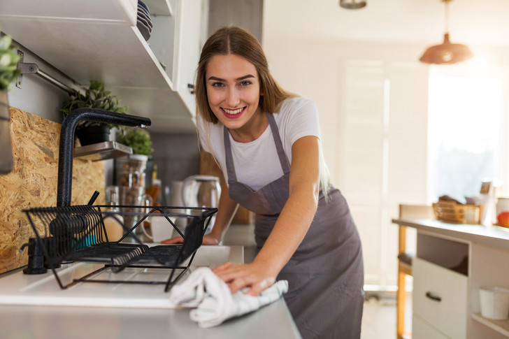 Фото №1 - Спасаем дом! Как легко и быстро избавиться от тараканов и других вредителей