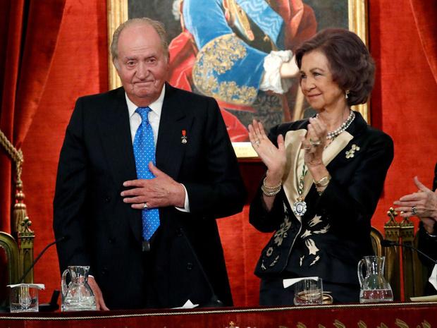 Фото №3 - Устранить помеху: могла ли любовница испанского короля повторить судьбу принцессы Дианы