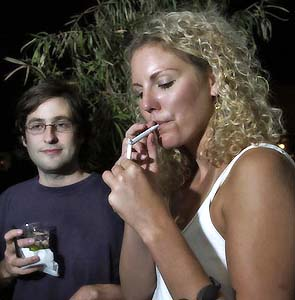 Фото №1 - Курение приводит к раннему климаксу