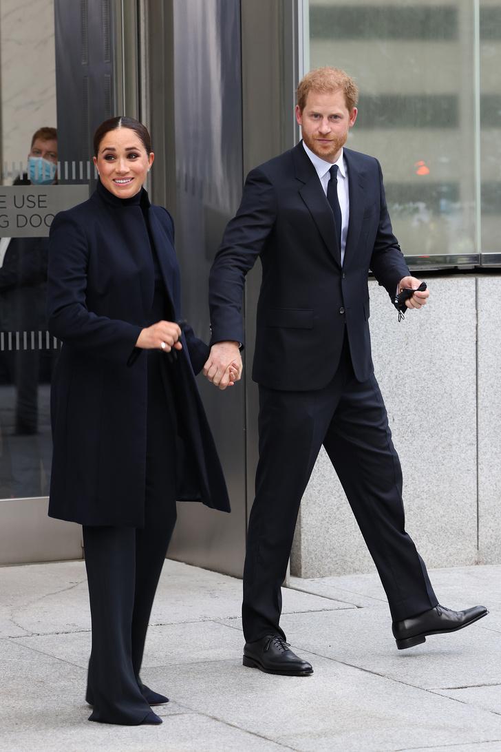 Фото №2 - Шпионские игры: Меган Маркл и принц Гарри в Нью-Йорке