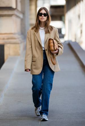 Фото №4 - Как выбрать идеальные джинсы по типу фигуры