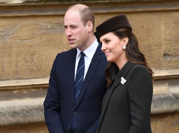 Фото №2 - Никому не верь: герцогиня Кембриджская вышла из декрета (но всего на день)