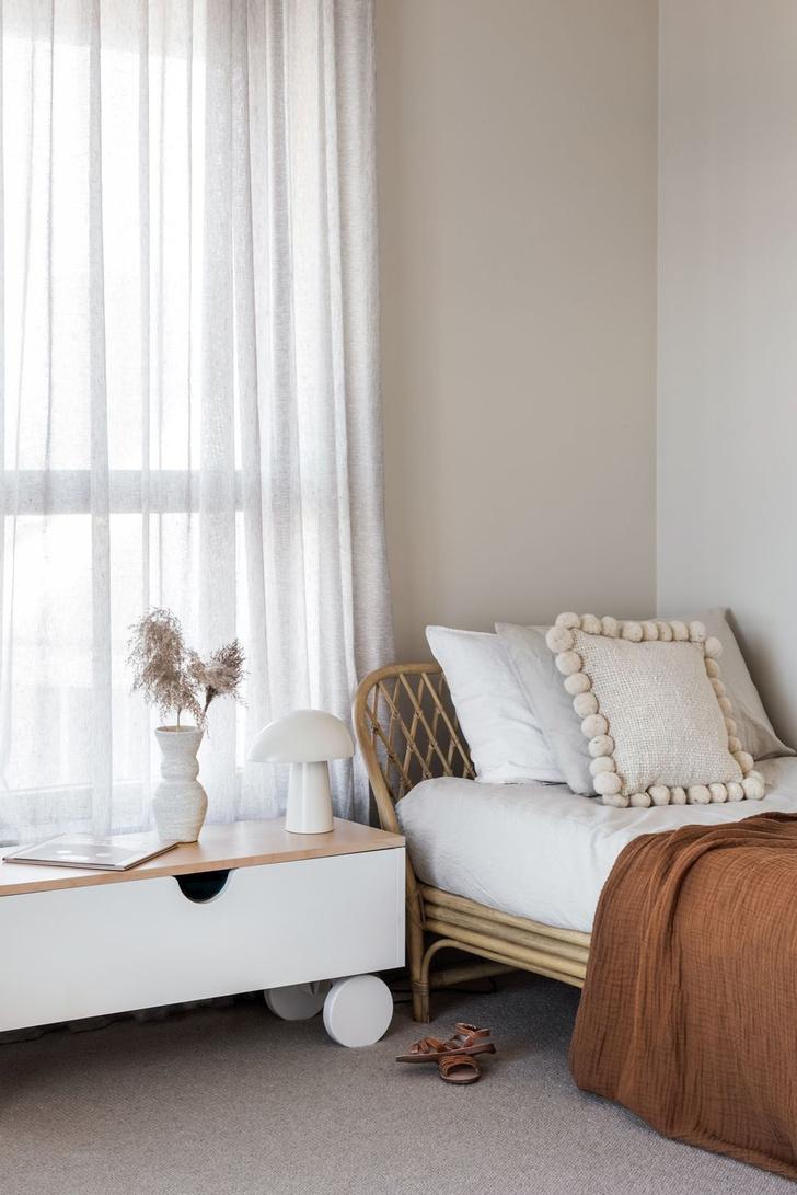 Фото №2 - Куда поставить кровать: 7 решений для спальни