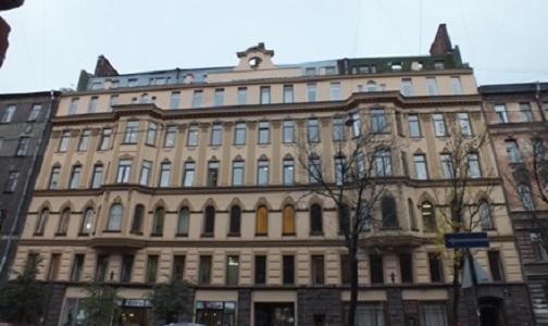 Фото №1 - В Петербурге нашли институт, где учиться за бюджетные деньги дороже, чем за собственные