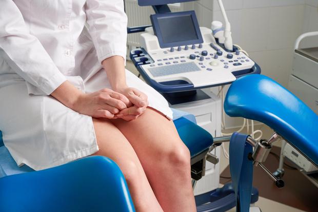 Фото №1 - Может ли эпидуральная анестезия помешать потугам и еще 3 вопроса гинекологу