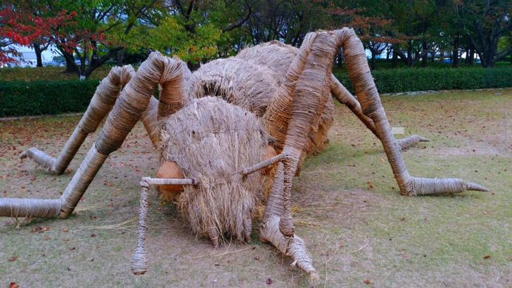 Фото №4 - Фестиваль скульптур из рисовой соломы в Японии
