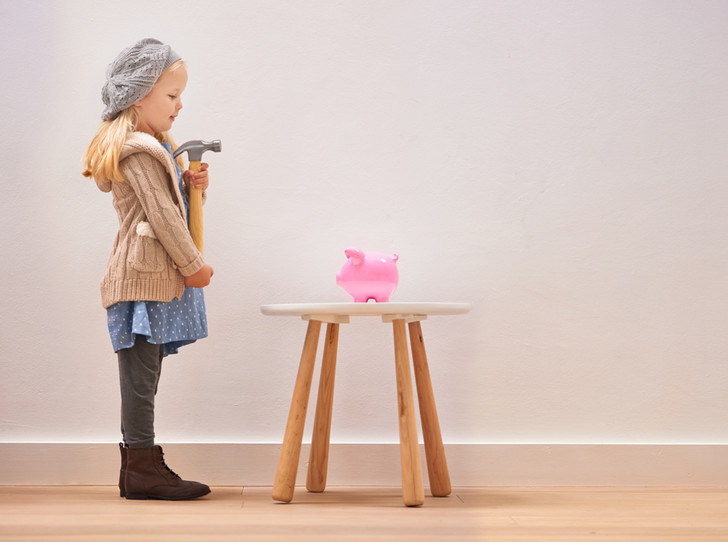 Фото №8 - Что такое детская банковская карта, и как она учит управлять финансами