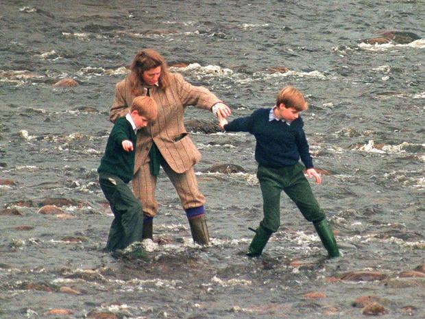 Фото №2 - Почему Диана была уверена, что Чарльз хочет ее убить (и при чем тут няня Уильяма и Гарри)