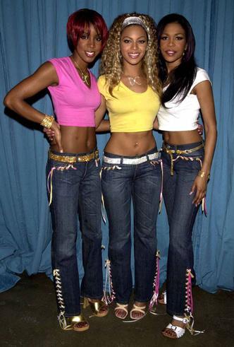 Фото №8 - Не ждали: почему джинсы с низкой талией снова в тренде (и как их носить)